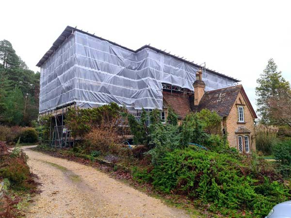 Temporary Roof Scaffolding for Carey's House a Grade 2 Listed Building in Wareham by Bournemouth Scaffolding Ltd